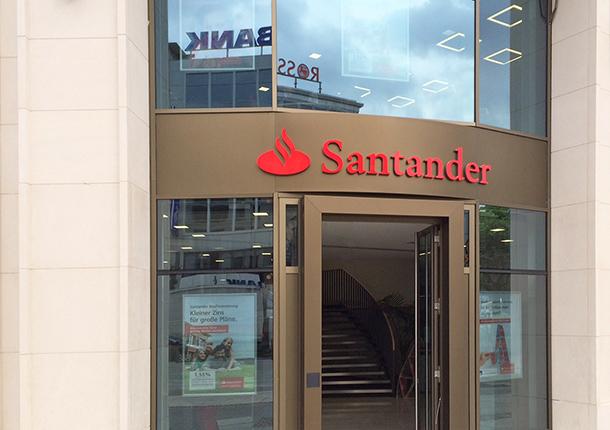 Santander Bank Frankfurt 2014-219